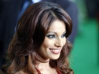 News video: Happy Birthday Bipasha!!!